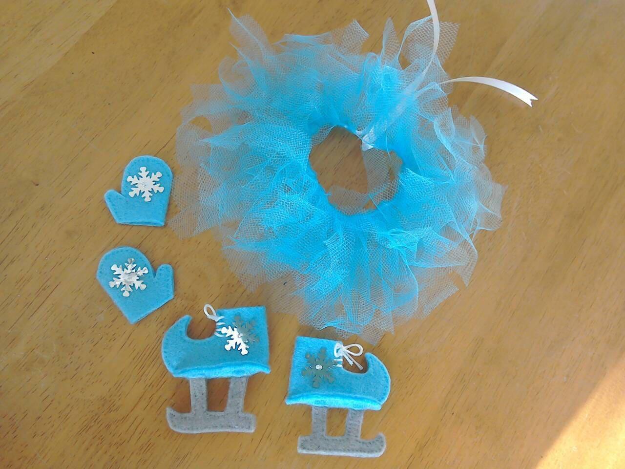 Felt elf ice figure skating set in blue