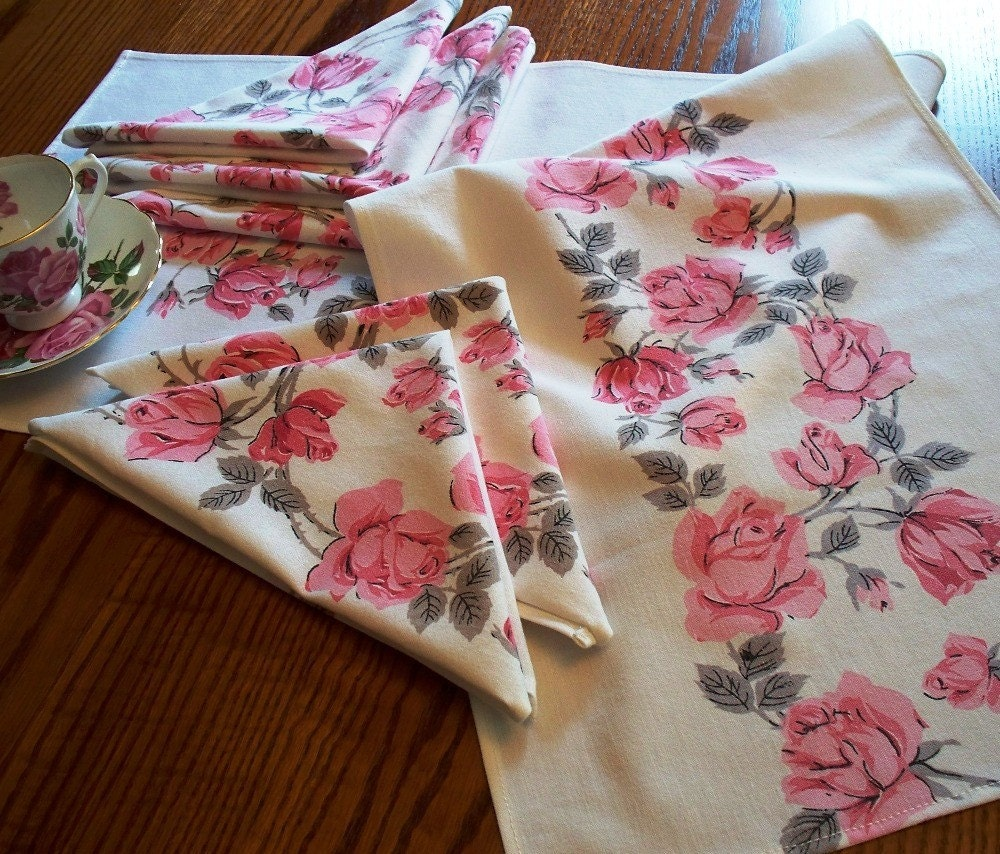 set runner table VintageDrawer by fabric  Handmade runner table napkins Vintage napkins