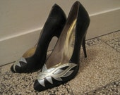 Vintage sexy high heel pumps 80s cut out detail size 9 1/2