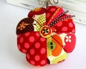 "Apples Polka Dots Pincushion Pinnie Large 5"" Size"
