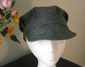Newsboy combat hat in gray winter wool