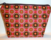 Geometric Flat-bottom Cosmetic/Makeup Bag/Zippered Pouch Pink Green Brown