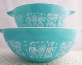 Vintage Set of Pyrex Amish Butterprint Mixing Bowls, Cinderalla Style
