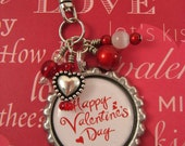 Happy Valentine's Day Key Chain   -  Cell Phone Charm  - Zipper Pull - Valentine's Day Gift - Red Hearts