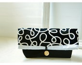 Black Bag purse Squiggles Handmade Clutch Pouch Flat Bottom Padded Kindle Make Up Travel Gadget Bag tagt team teamspirit