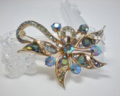 Vintage Brooch by Hollycraft 1957