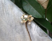 Vintage Goldtone Frog Tac Pin With Green Emerald Rhimestone Eyes - Avon 1975