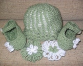 RESERVED SET-0-6months: Knit hat, baby janes, and two flower clips