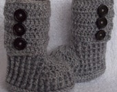 Crochet baby booties boots for 0 to 3 month or  3 to 6 months- CHOOSE your SIZE and COLOUR