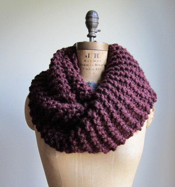 Super Snuggly Chunky knit cowl Burgundy. Ready to ship.
