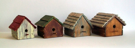 Miniature Bird House (1 inch dollhouse scale)
