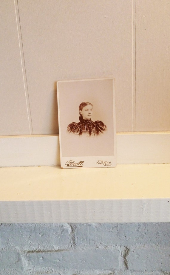 Vintage Photograph Cabinet Card- Young Lady In Plaid