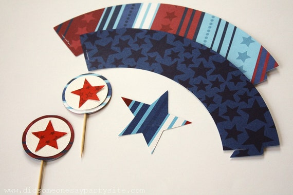 Star Cupcake Wrappers, Cupcake Toppers and Straw Toppers - FREE SHIPPING