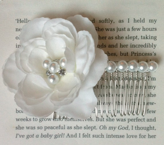 BRIDAL - Rhinestone and Pearl White Hair Flower on a Silver Comb - suitable for Bride, Bridesmaid or Prom.