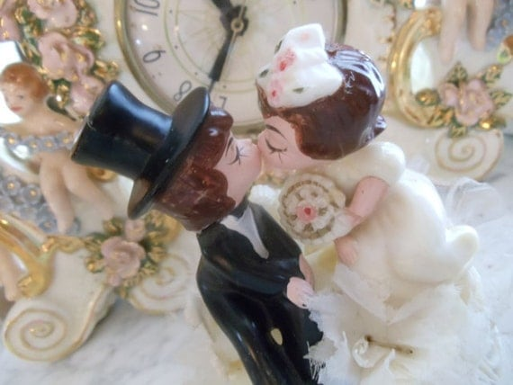 Vintage 1980s Wedding Cake Topper Fun Bride and Groom Kissing