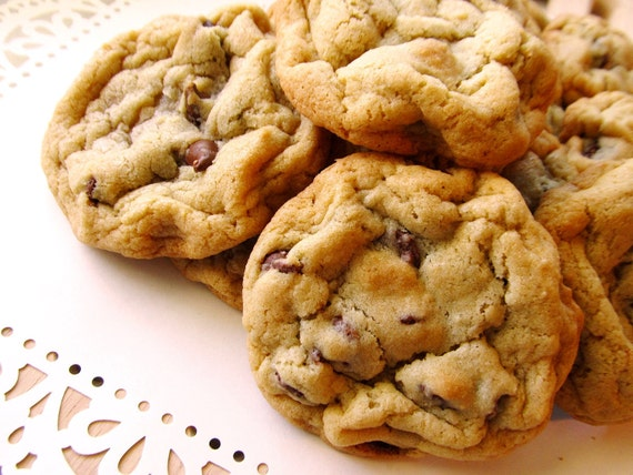 Homemade Classic Chocolate Chip Cookies