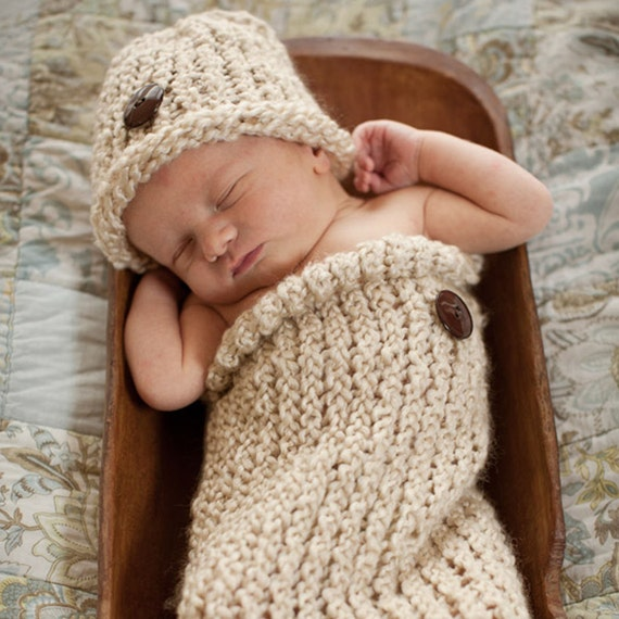 Newborn Cocoon Hat Set Button Photo Prop