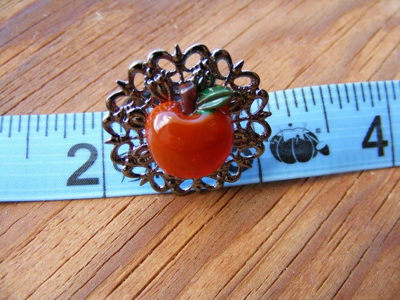 Ring Filigree Red and Delicious Apple