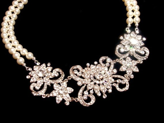 Statement necklace, bridal necklace with Swarovski pearls and rhinestones pedants, pearl necklace, wedding jewelry