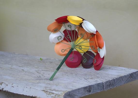 Цветы из бумаги: декор для свадьбы, букет из бумажных цветов.