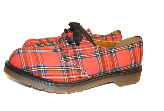 Vintage 1980's Red Tartan Plaid Dr. Martens Gibson Shoes Men's size 7 Womans size 9