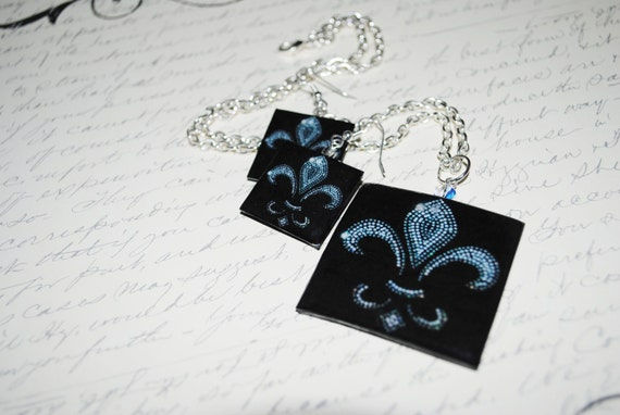 Fleur De Lis Necklace and Earring Set.  Black & Silver.  Shiny and Sparkly,  special pricing on a set.