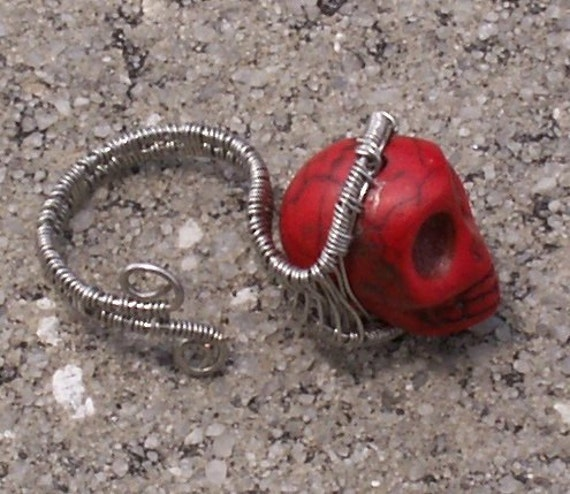 Don't Loose Your Head OOAK 001Red Skull Silver Wire Wrapped Ring