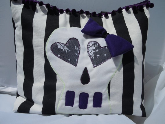 Sugar Skull Tote Black And White Stirpes
