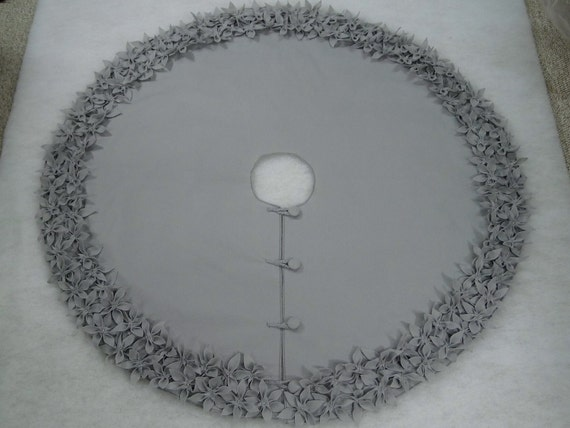 "FREE SHIPPING Weekend. Christmas tree skirt in silver felt with hand cut and hand sewn flowers at the hem. 50"" in diameter"