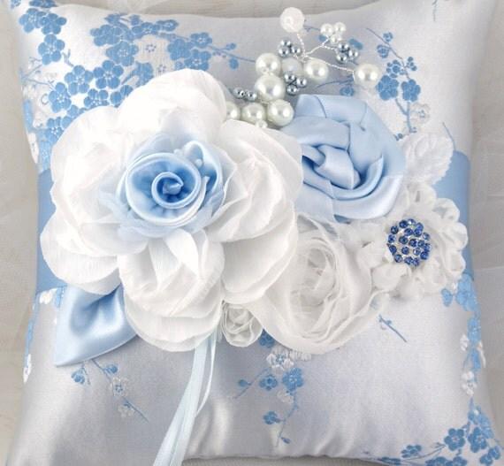 مخدات العروس il_570xN.261794605.jpg