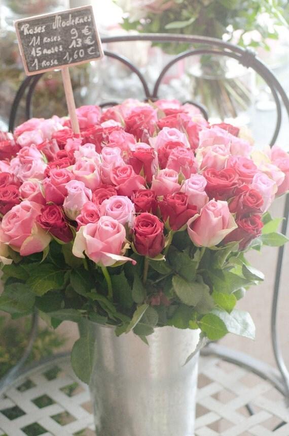 Paris Photo - Современные Розы - Букет из розовых и красных роз в парижском цветочного рынка, Париж, Франция, Home Decor изобразительного искусства Путешествия Фотография