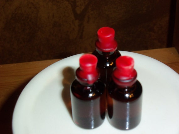 Aurora's Hand Infused Mojo Hand Feeding Oil