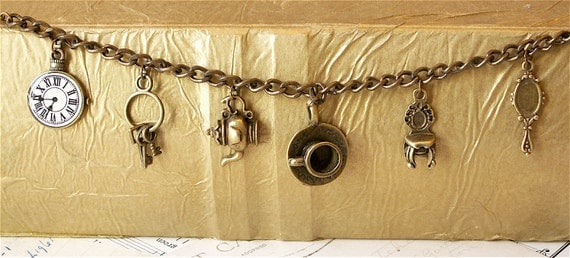 Vintage Style Tea Party Charm Bracelet. Bronze Tone. Kitsch. Alice in Wonderland