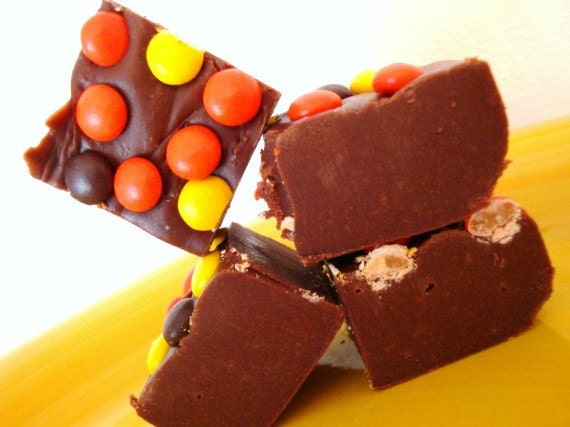 HAPPY AUTUMN Fudge. Approx 3/4 LB. Decorated with wonderful mini Reeses pieces. It is to die for yummy. No butter/oil.