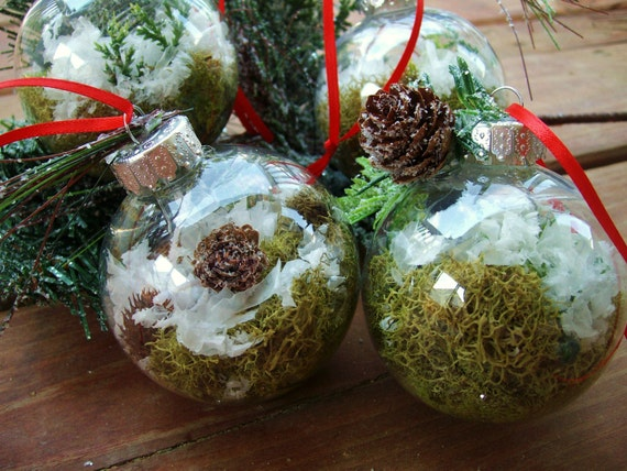 Terrarium Christmas Ornament Handmade - Moss Nature Terrarium in a Clear Ball, Woodland Snow Globe - Single