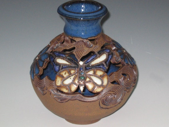 Bud Vase With butterflies And Flowers With Swirl Design