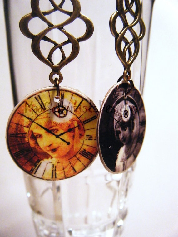 FREE SHIPPING Steampunk Decoupage Earrings 003 Gaze