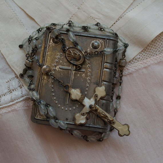 First Holy Communion Antique Religious Compact Box Rosary 1930's France