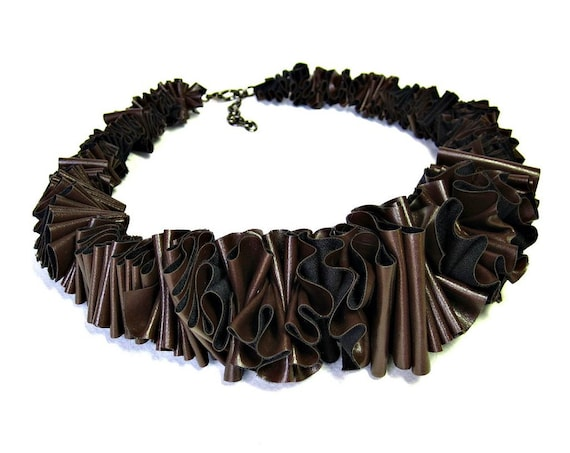 brown ruffle necklace, ruffle collar, bib necklace, collar necklace, sculptural, statement necklace, avant garde, fall fashion