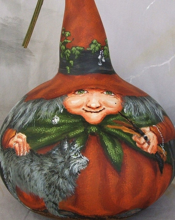 Winifreds Wands, earth witch, gourd, Halloween, cat, burnt orange, 9 inches tall