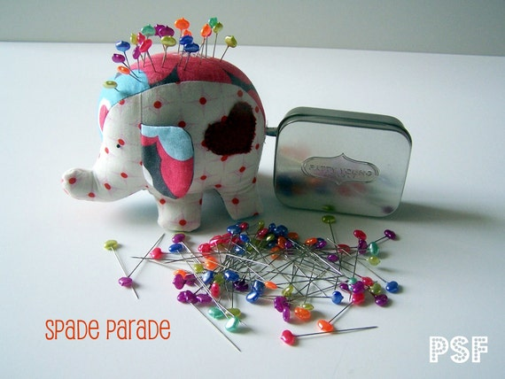 NEW Patty Young Designer sewing/straight Pins, SPADE PARADE includes embossed logo tin, makes great stocking stuffer, or gift exchange