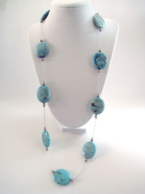 TURQUOISE RODEO: Cowgirl necklace with turquoise stones, worn short OR long