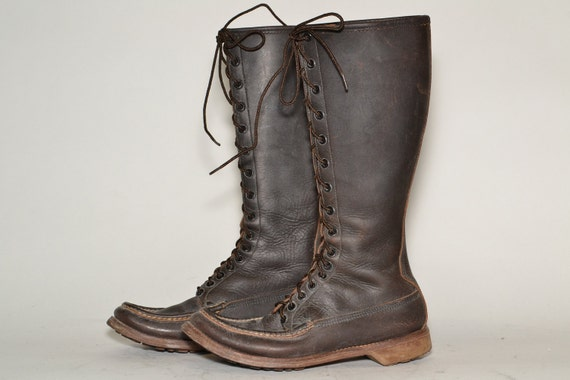 W.c Russel Mocasin Co. Boots Woman Size 9