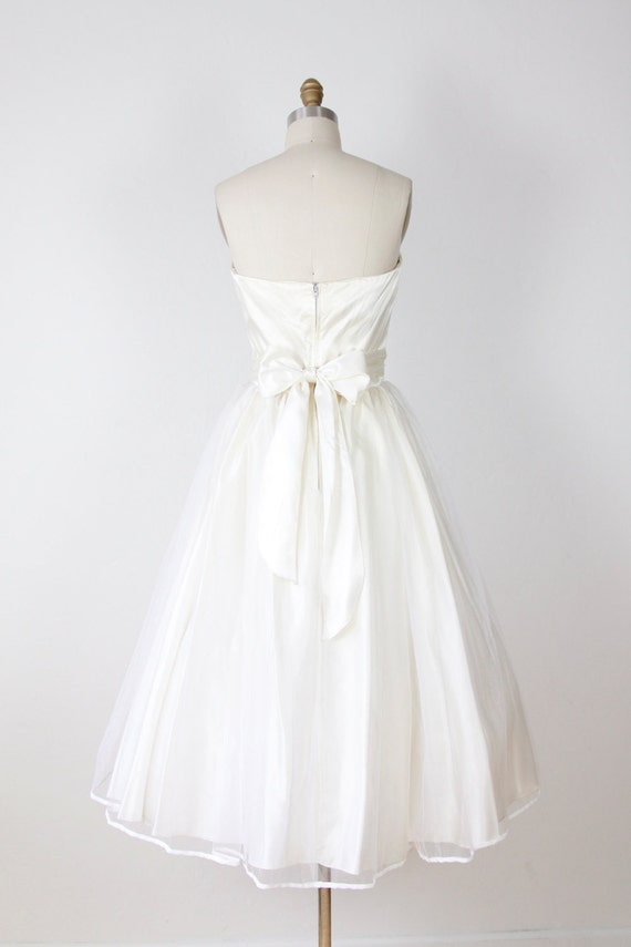 Full Skirt Ivory Wedding Dress Sheer Tulle Vintage
