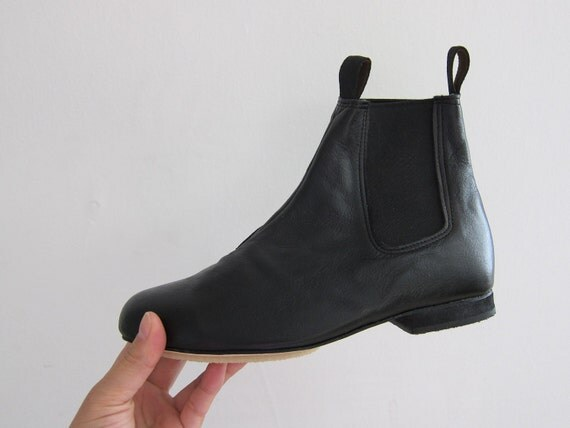 Chelsea ankle leather boots