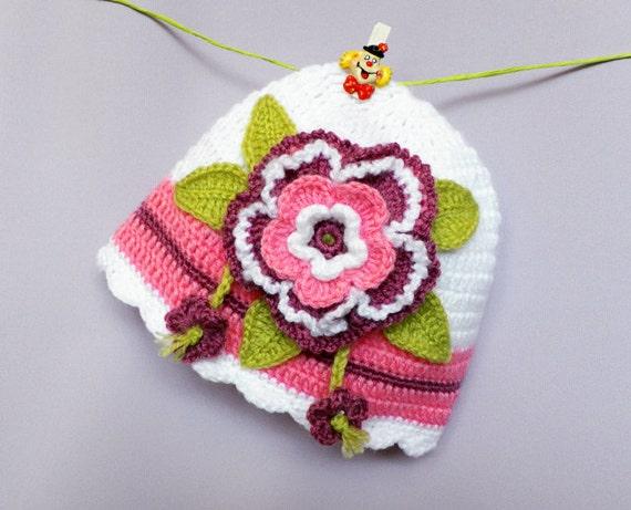 کلاه نوزاد Crocheted با گل زیبا