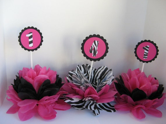 Zebra print table decorations party ideas pinterest for Animal print party decoration ideas
