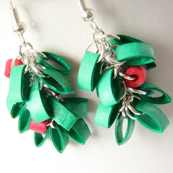 Mistletoe Christmas Earrings Handmade by Paper Quilling