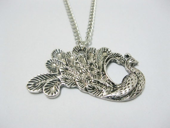 antique silver peacock necklace(gift box pakcage)---Z025