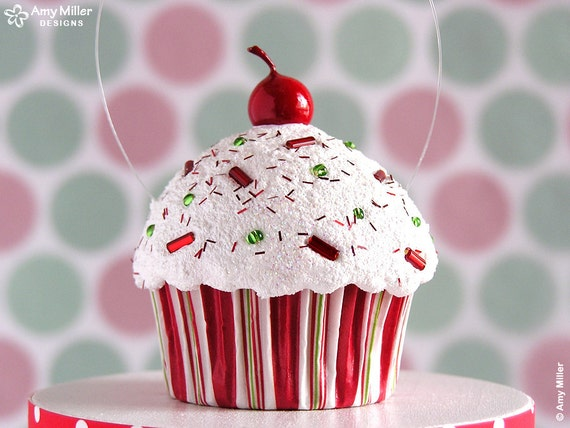 Etsy Christmas Cake Decorations : Christmas Cupcake Decorations